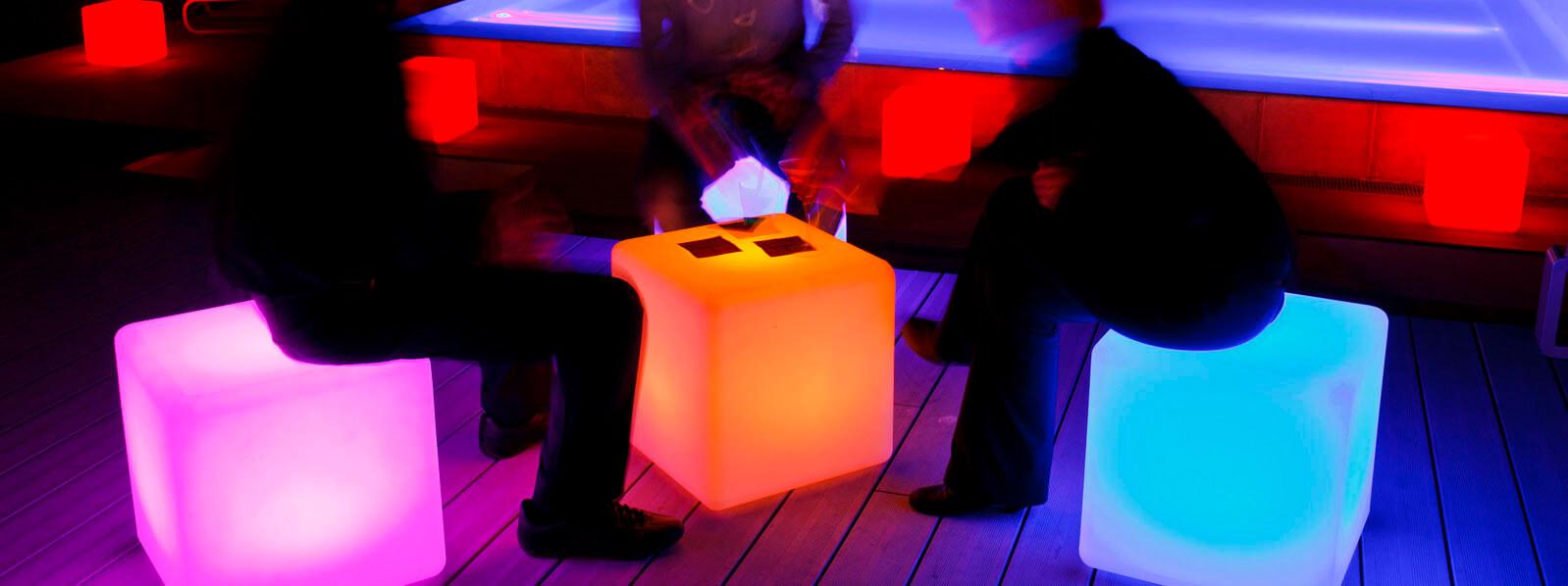LED Leuchten als Sitzhocker