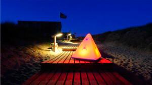 Faszination aus Klang und Licht mit einem Make01 Outdoorlautsprecher