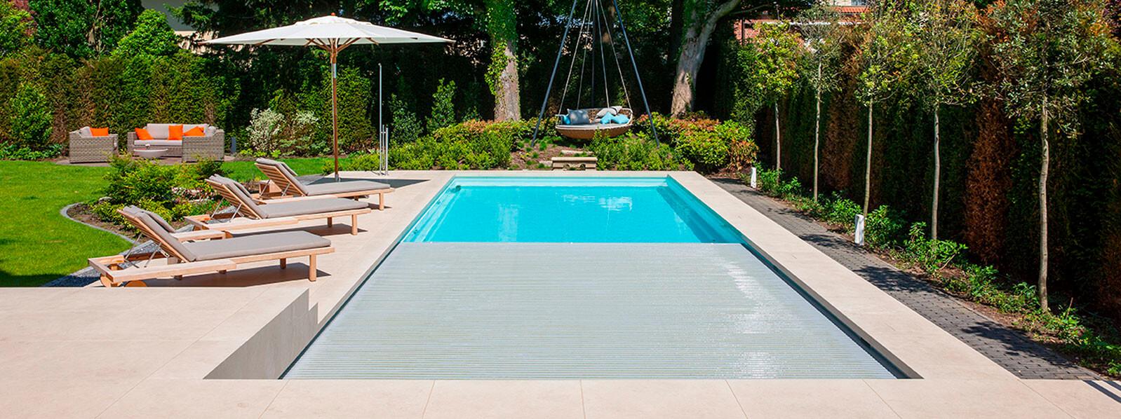 pool rolladenabdeckung poolabdeckungen automatisch hochwertig und auf ma gefertigt. Black Bedroom Furniture Sets. Home Design Ideas