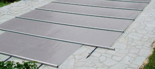 Eine Stangenabdeckung erhöht die Sicherheit und schützt vor Laub